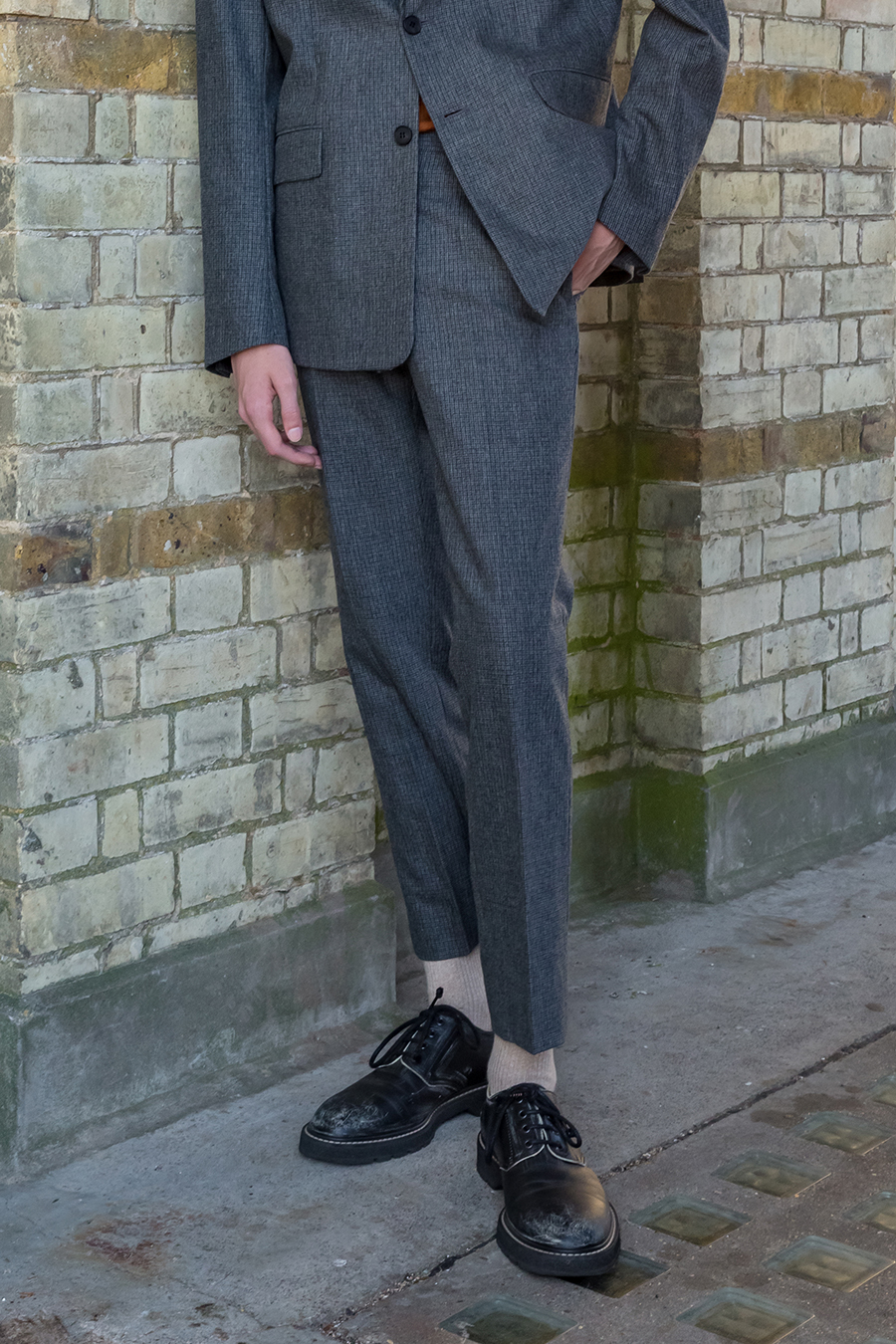 Micro Houndstooth Slim-Fit Trousers / Grey